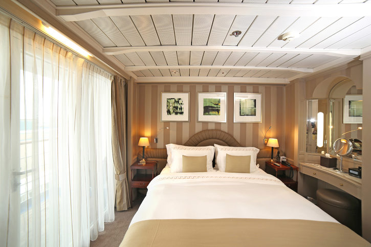Apartmá - silversea-ship-silver-wind-owner-s-suite-02